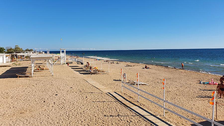 Отдых в Заозерном на пляже фото