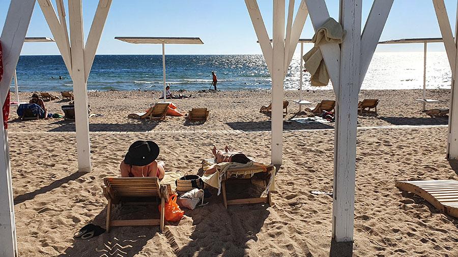 пляжный отдых в Заозерном фото